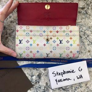 Louis Vuitton RARE Fuchsia Sarah Multi Wallet